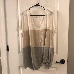 Side knot comfy tee